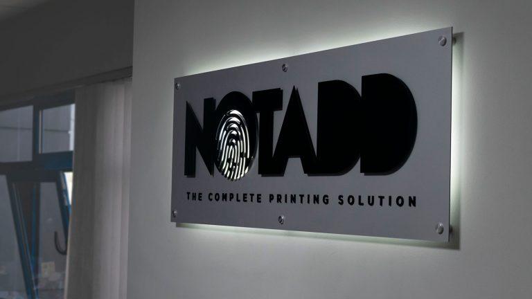 notadd-poioi-eimaste-gallery-koultoura-001